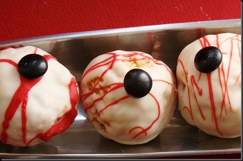 eyeballsFlickrnorwichnuts